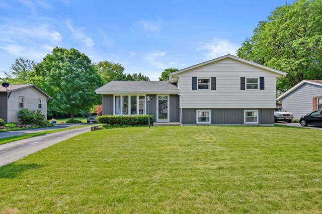 2321 Creek Rd, West Bend, WI 53090 (#1755682) :: RE/MAX Service First