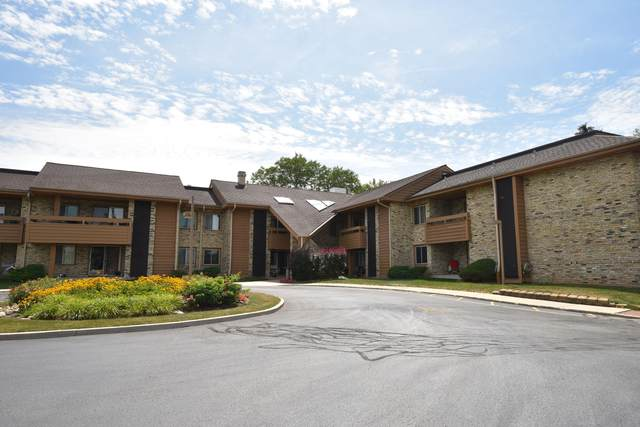 2101 W Good Hope Rd #215, Glendale, WI 53209 (#1755768) :: EXIT Realty XL