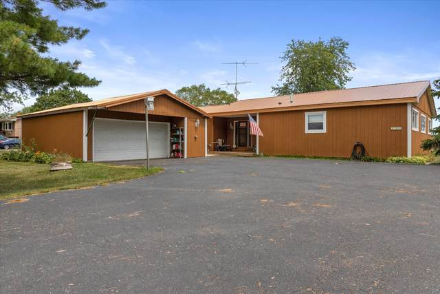 12241 136th Ave, Bristol, WI 53142 (#1755842) :: EXIT Realty XL