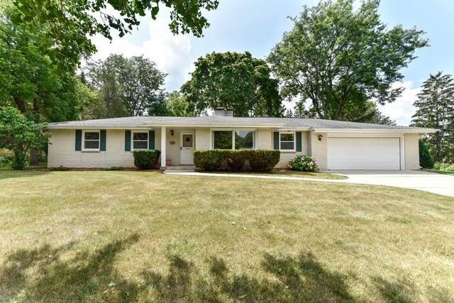 17525 Penbrook Dr, Brookfield, WI 53045 (#1755858) :: OneTrust Real Estate