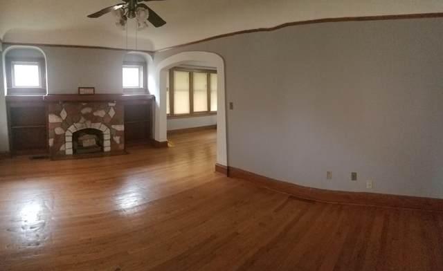 4343 N 21st Street, Milwaukee, WI 53209 (#1755864) :: OneTrust Real Estate