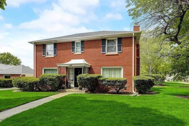 7910 W Wisconsin Ave, Wauwatosa, WI 53213 (#1755933) :: OneTrust Real Estate