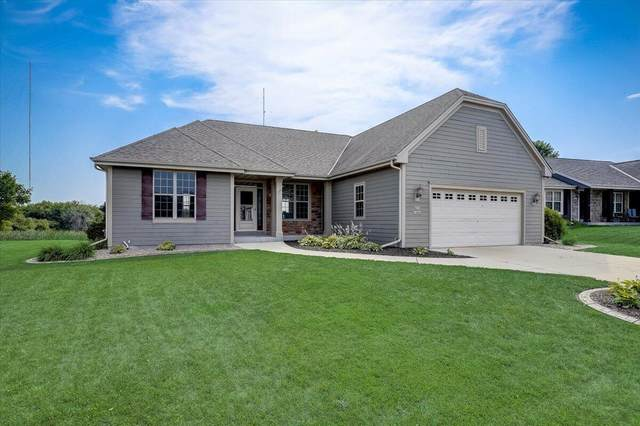N173W19944 Creekside Dr, Jackson, WI 53037 (#1756058) :: EXIT Realty XL