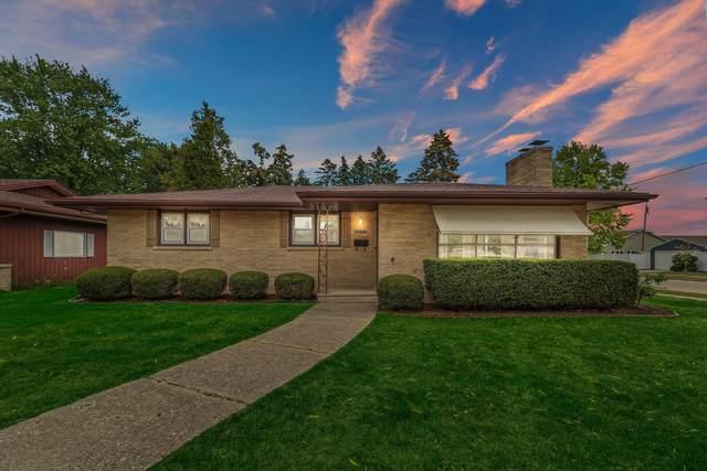 8057 15th Ave, Kenosha, WI 53143 (#1756174) :: OneTrust Real Estate