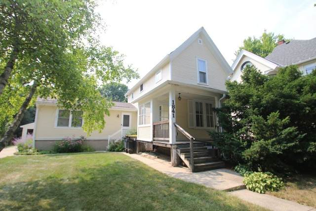 1841 N 73rd St, Wauwatosa, WI 53213 (#1756281) :: OneTrust Real Estate