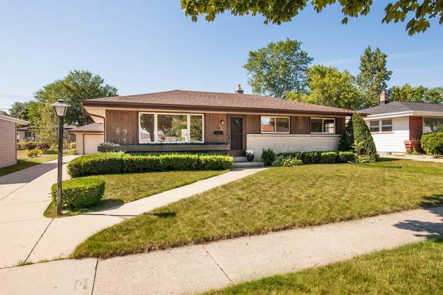 8721 W Crawford Ave, Milwaukee, WI 53228 (#1756328) :: Re/Max Leading Edge, The Fabiano Group