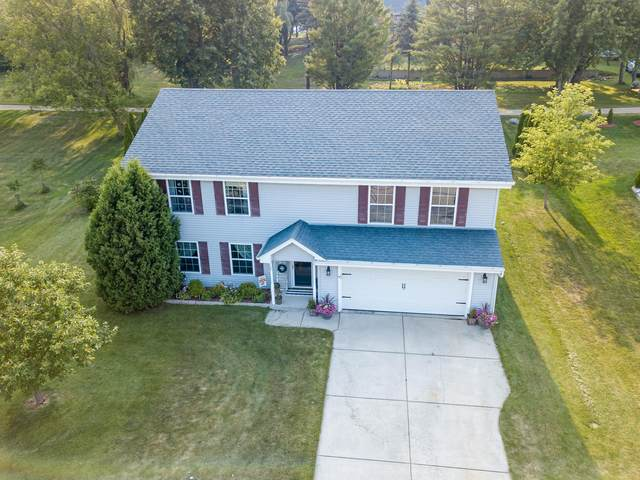 215 Willow Ln, Theresa, WI 53091 (#1756679) :: RE/MAX Service First
