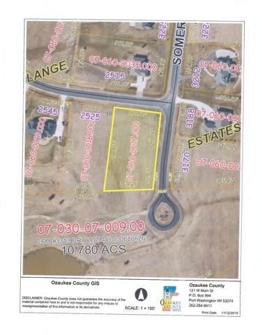 Lt17 Applewood Dr, Port Washington, WI 53074 (#1757159) :: Tom Didier Real Estate Team