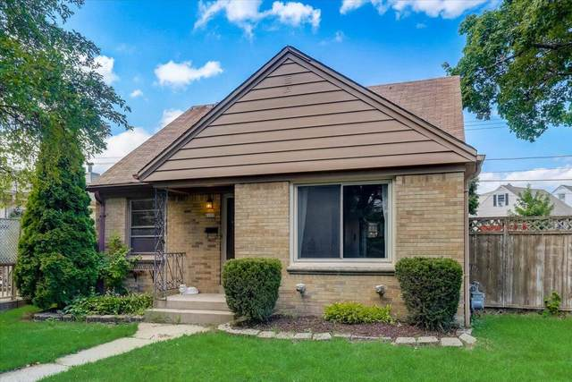 6100 W Kinnickinnic River Pkwy, Milwaukee, WI 53219 (#1757263) :: RE/MAX Service First