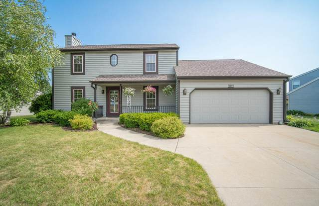 3403 Squire Ln, West Bend, WI 53090 (#1757602) :: RE/MAX Service First