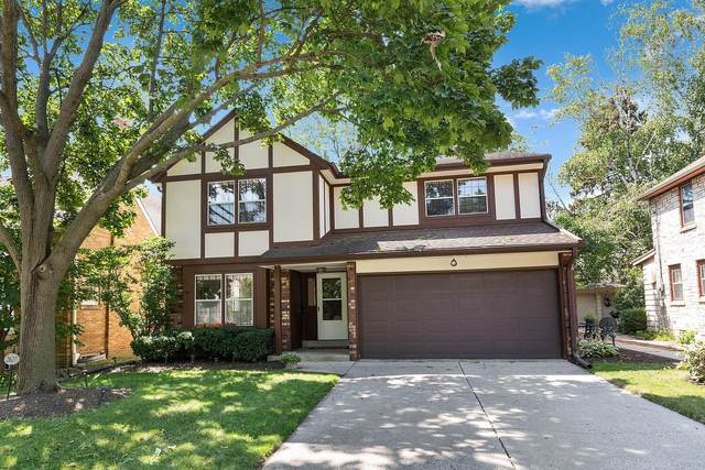 2627 N 81st St, Wauwatosa, WI 53213 (#1757642) :: EXIT Realty XL