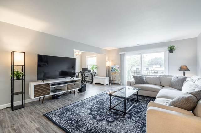 7530 N Port Washington Rd #201, Fox Point, WI 53217 (#1757648) :: Tom Didier Real Estate Team
