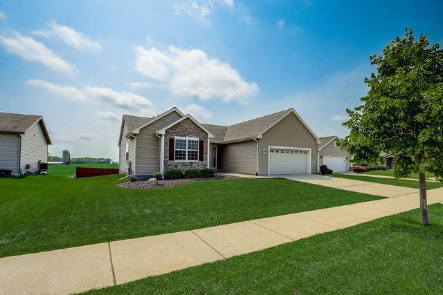 9121 Chicory Creek Dr, Sturtevant, WI 53177 (#1757913) :: EXIT Realty XL