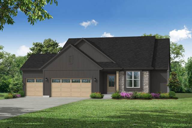 2685 Red Oak Ln, East Troy, WI 53120 (#1758177) :: EXIT Realty XL