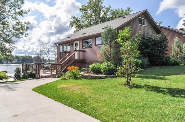 5601 Scenery Dr, Waterford, WI 53185 (#1758296) :: EXIT Realty XL