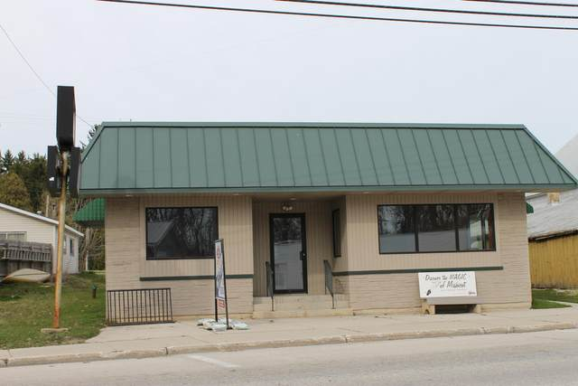 219 E Main St, Mishicot, WI 54228 (#1758623) :: EXIT Realty XL