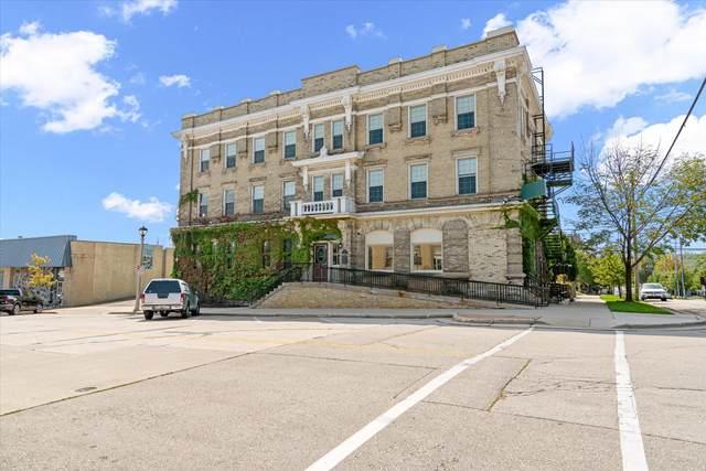 101 E Main St, Port Washington, WI 53074 (#1758885) :: Tom Didier Real Estate Team