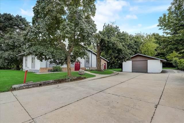 N7W23799 Bluemound Rd, Pewaukee, WI 53188 (#1758896) :: Tom Didier Real Estate Team