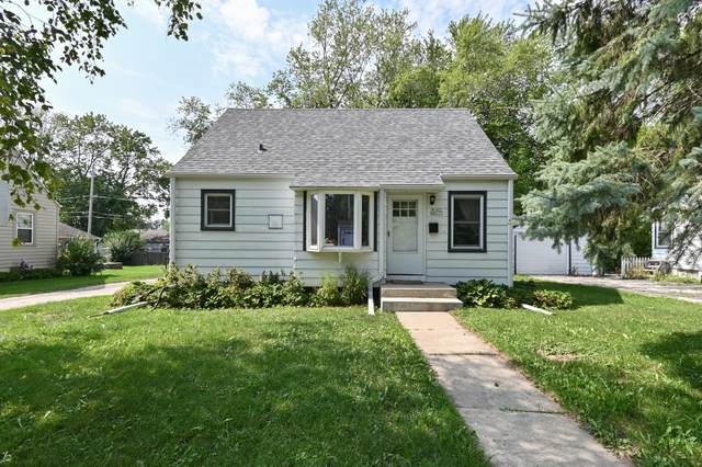 W165N8523 Dardis Ave, Menomonee Falls, WI 53051 (#1759087) :: OneTrust Real Estate