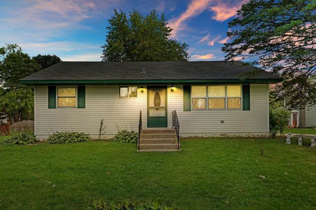 12021 254th Ave, Salem Lakes, WI 53179 (#1759212) :: EXIT Realty XL