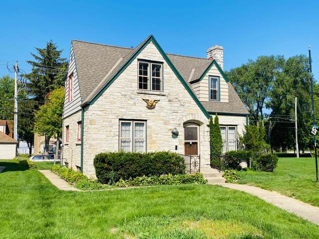 837 S 76th St, West Allis, WI 53214 (#1759420) :: EXIT Realty XL