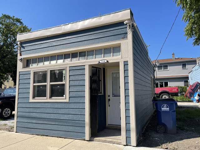 724 High St, Racine, WI 53402 (#1759476) :: EXIT Realty XL