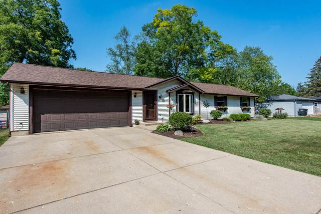 26858 104th Pl, Salem Lakes, WI 53179 (#1759499) :: RE/MAX Service First