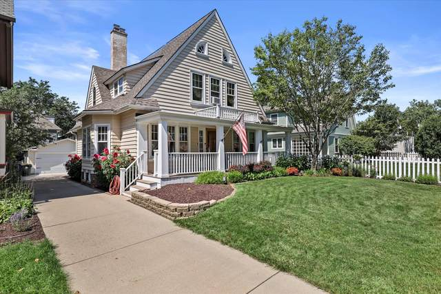 3961 N Stowell Ave, Shorewood, WI 53211 (#1760018) :: Tom Didier Real Estate Team