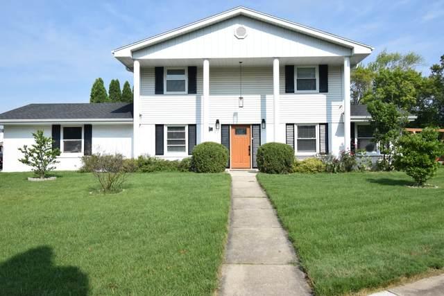 5898 Sugarbush Ln, Greendale, WI 53129 (#1760107) :: Keller Williams Realty - Milwaukee Southwest