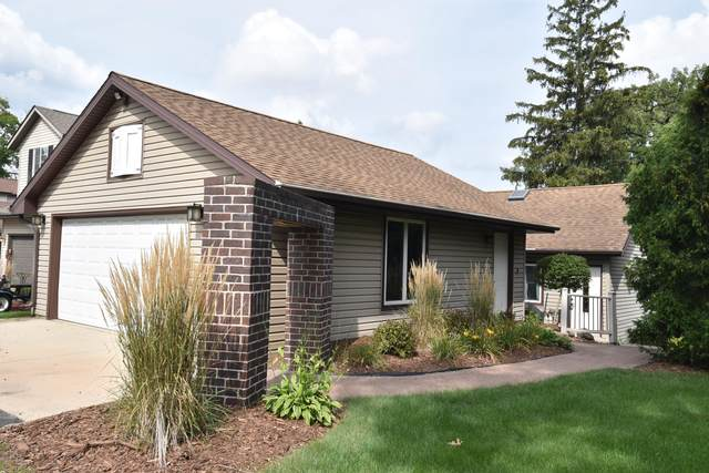 W183S6540 Jewell Crest Dr, Muskego, WI 53150 (#1760364) :: EXIT Realty XL
