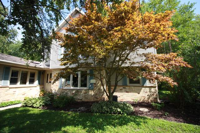5137 Starlight Dr, Wind Point, WI 53402 (#1760441) :: EXIT Realty XL