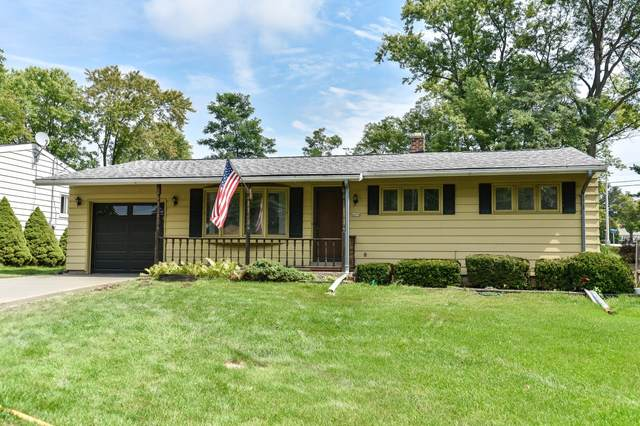4454 Glenway St, Wauwatosa, WI 53225 (#1760463) :: EXIT Realty XL
