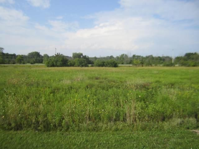 8611 State Road 60, Cedarburg, WI 53012 (#1760529) :: Tom Didier Real Estate Team