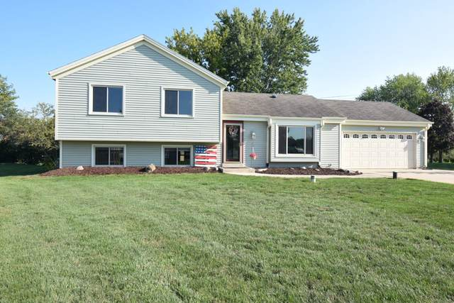 8005 Thistle Ct, Waterford, WI 53185 (#1760867) :: RE/MAX Service First