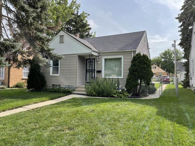 4534 N 66th St, Milwaukee, WI 53218 (#1760917) :: RE/MAX Service First