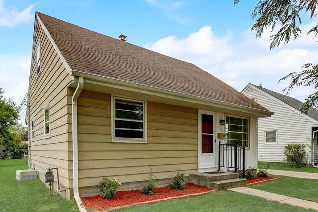 1308 West End Rd, Waukesha, WI 53188 (#1761157) :: EXIT Realty XL