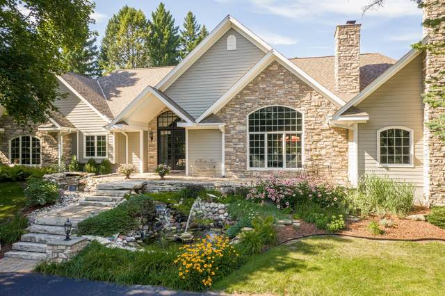 7212 W Bonniwell Rd #7206, Mequon, WI 53097 (#1761220) :: Tom Didier Real Estate Team