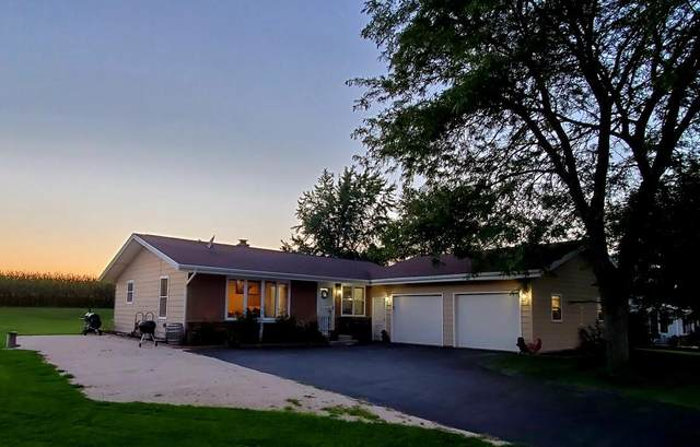 1612 Appletree Rd, Howards Grove, WI 53083 (#1761365) :: EXIT Realty XL