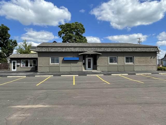 312 S Seventh St, Delavan, WI 53115 (#1761448) :: Tom Didier Real Estate Team