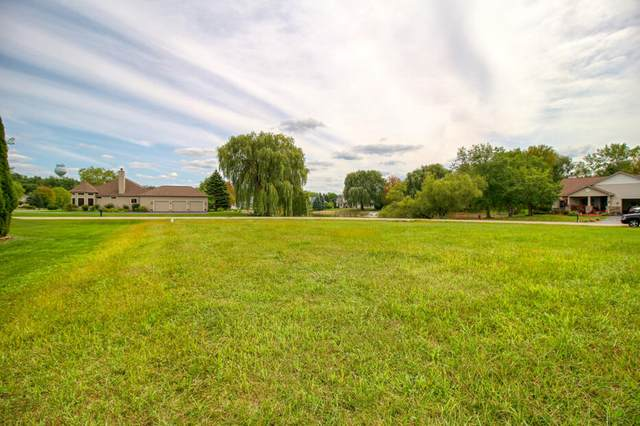 Lt8 Maple Ln, Williams Bay, WI 53191 (#1761624) :: RE/MAX Service First