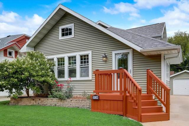 2134 N 66th St, Wauwatosa, WI 53213 (#1761699) :: EXIT Realty XL