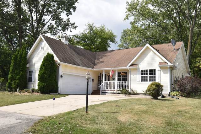 5810 Finch Ln, Racine, WI 53402 (#1761702) :: RE/MAX Service First