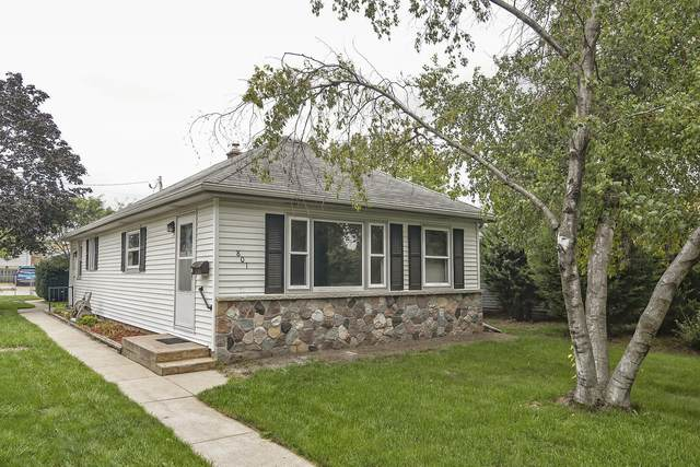 801 S 113th  St, West Allis, WI 53214 (#1761852) :: Re/Max Leading Edge, The Fabiano Group