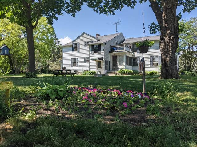 7625 W 5 Mile Rd, Raymond, WI 53126 (#1761952) :: Re/Max Leading Edge, The Fabiano Group