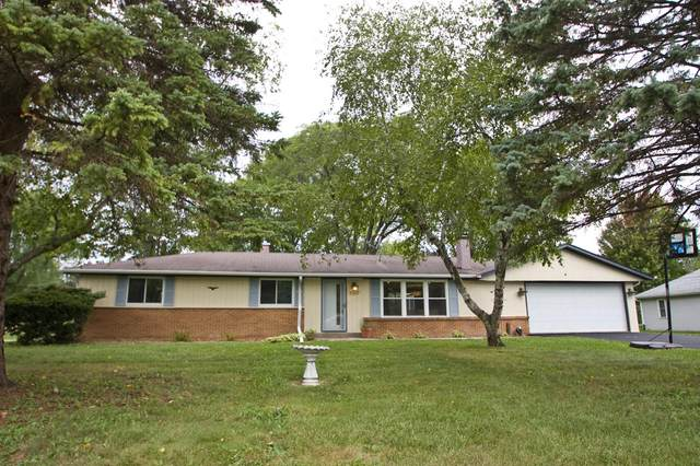 3257 S 146th St, New Berlin, WI 53151 (#1762141) :: RE/MAX Service First