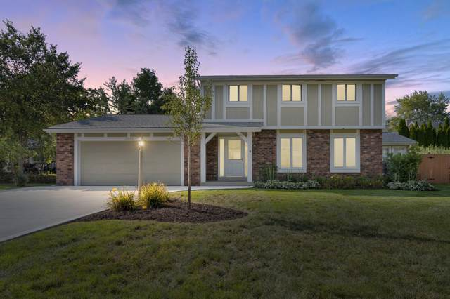 13695 W Crawford Dr, New Berlin, WI 53151 (#1762193) :: EXIT Realty XL