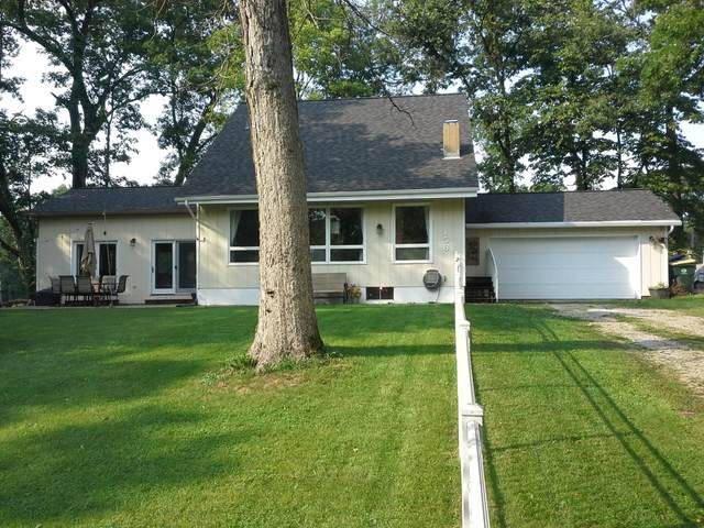 156 Schoors Ln, Twin Lakes, WI 53181 (#1762283) :: EXIT Realty XL