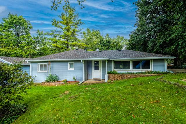 4436 Sunset Dr, Waterford, WI 53185 (#1762302) :: EXIT Realty XL