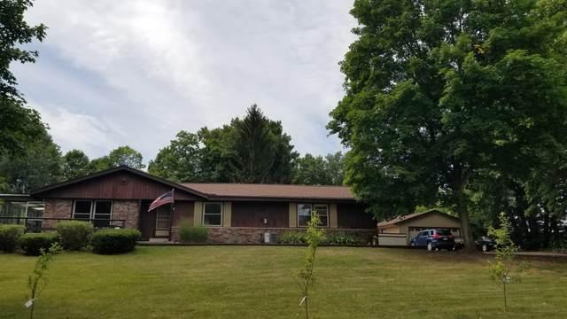 3681 Blue Goose Rd, Saukville, WI 53095 (#1762314) :: Tom Didier Real Estate Team