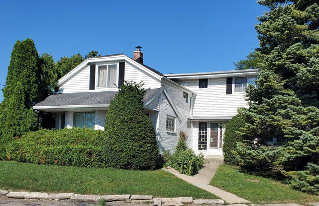5310 W Loomis Rd, Greenfield, WI 53129 (#1762364) :: EXIT Realty XL